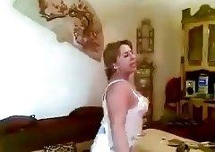 arab wife dancing 3
