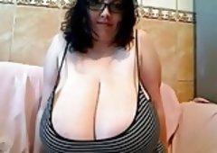 Nerdy Girl Huge Boobs - negrofloripa